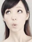 美女模仿qq表情