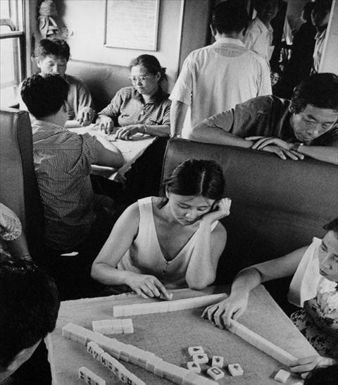 雷人/一组火车搞笑图片。火车上的雷人瞬间,火车人人都坐过,但以下...