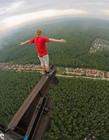 俄少年高空拍摄