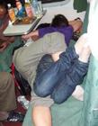 坐火车搞笑图片