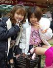 早熟的日本小学女生