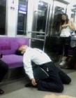 各种搞笑睡觉姿势
