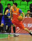 篮球拄拐哥亮相wcba