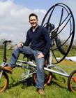 牛人创意改造自行车