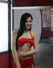 体育女主播张心儿现身广州地铁站