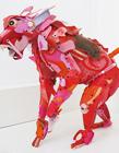 沙滩垃圾打造动物雕塑
