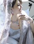 印度新娘高贵典雅全身珠光宝气