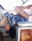 美国女子网晒高难度瑜伽照片爆红网络
