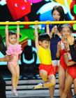 奥莉与杨阳洋上湖南卫视《快乐大本营》PK体操
