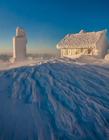 雪中的小屋