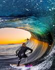 海上冲浪图片
