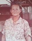 老奶奶摆摊亏本卖55年 去世时2千人送行