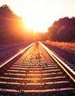 黄昏铁路图片唯美图片