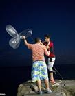 用充气避孕套钓鱼 用避孕套如何钓鱼