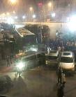乘客临时下车遭拒 抢夺方向盘致8车相撞
