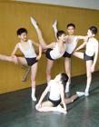 杨洋早年练舞照 身段绝了