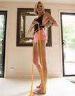 澳大利亚模特腿长1米3 世界最长腿出炉