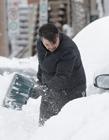 加拿大暴风雪2017 加拿大下大雪