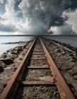 铁轨图片唯美意境 铁轨图片唯美高清