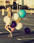 人和气球唯美图片 唯美气球意境图片