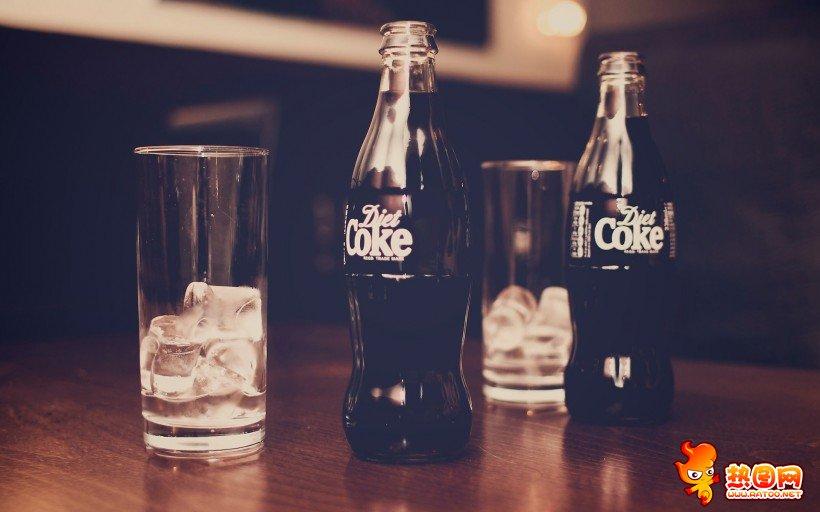 可乐瓶摄影作品图片 可乐瓶创意图片