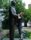 和雕像的搞笑图片