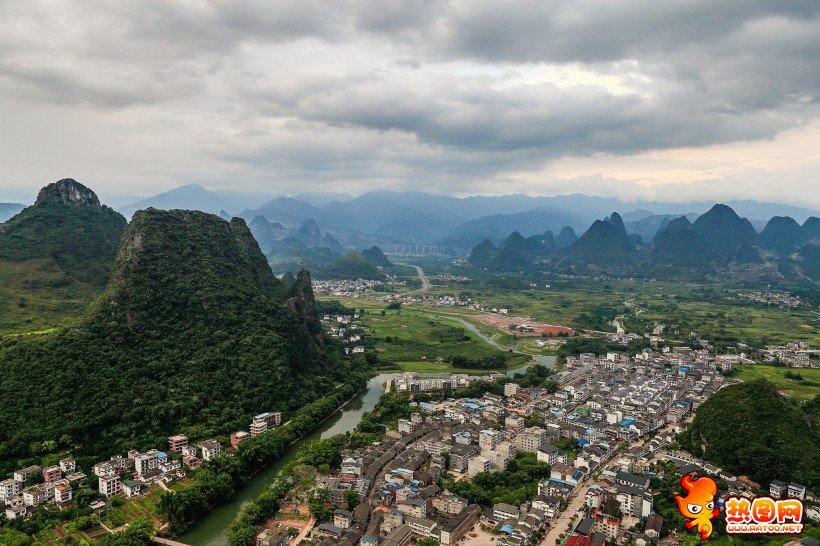 广西贺州老寨山风景图片
