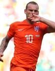 韦斯利斯内德退出国家队 斯内德穿荷兰国家队橙色球衣图片