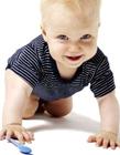 欧美宝宝爬行照片