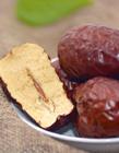 新疆和田大枣图片 新疆和拳头一样大的枣颗颗饱满
