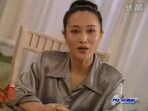 菲戈帕斯2000揉珠按摩内衣广告 宅男们儿时的甜美回忆