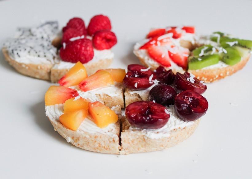 面包水果摆盘图片 创意面包水果摆盘图片