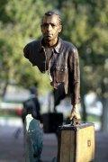 城市的旅行者创意雕塑图片大全