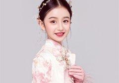 裴佳欣可爱小女孩图片大全