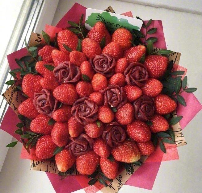 创意的水果鲜花图片