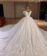 华丽的婚纱图片