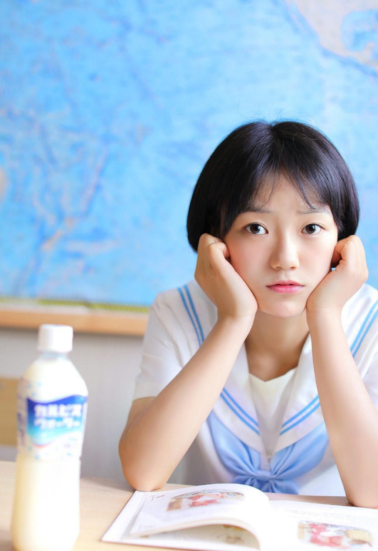 清纯美女JK制服写真