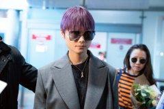 李宇春的紫色头发图